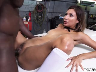 Jade Jantzen Sucks And Fucks A BBC